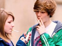 В Калифорнии разрешена продажа сигарет людям от 21 года, – губернатор Джерри Браун