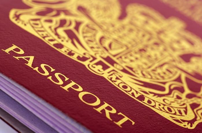 В Великобритании начали проверять паспорта во время выезда из государства