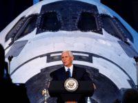 Американцы полетят на Луну и Марс, – Майк Пенс