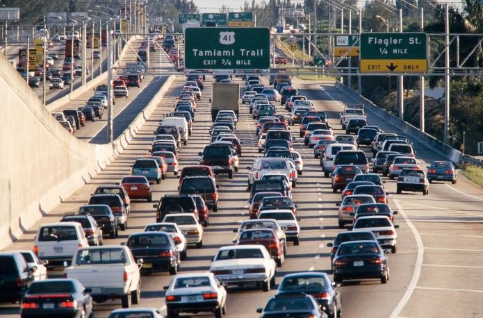 Американцы сэкономят $50 млрд на бензине в 2016 году