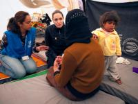 Анджелина Джоли с дочерьми посетила иорданский лагерь для беженцев
