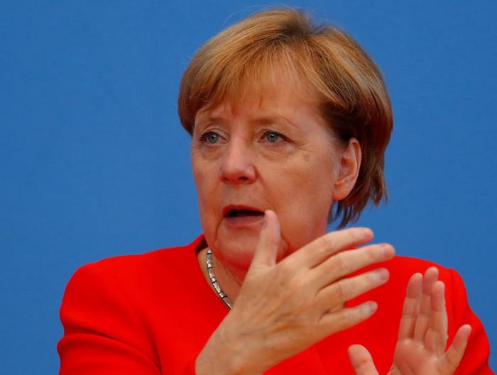 Ангела Меркель поддержала идею создания Европейского валютного фонда
