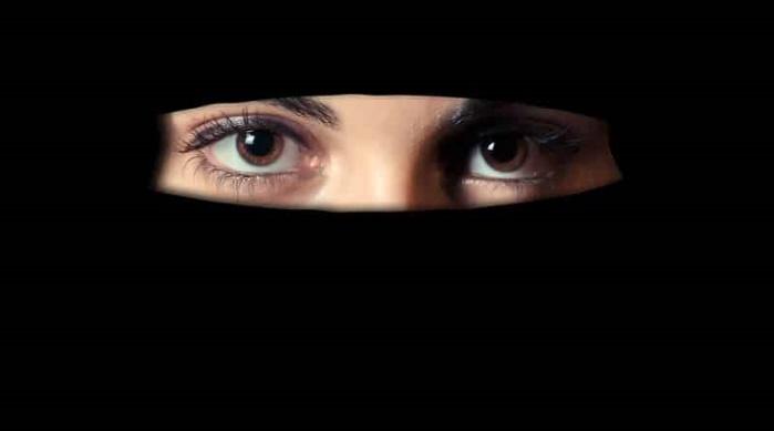 Арестована француженка Эмили Кёниг, которая находится в списке наиболее разыскиваемых террористов