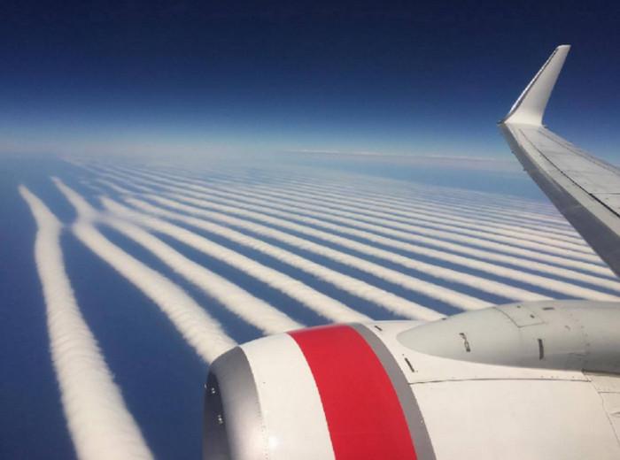 Авиакомпания Virgin Australia сфотографировала облака уникальной формы