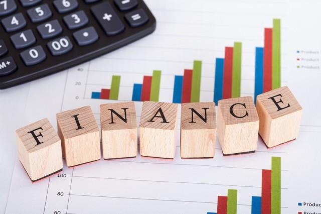 Банк Петра Порошенко увеличивает на 40,5 млн гривен уставный фонд