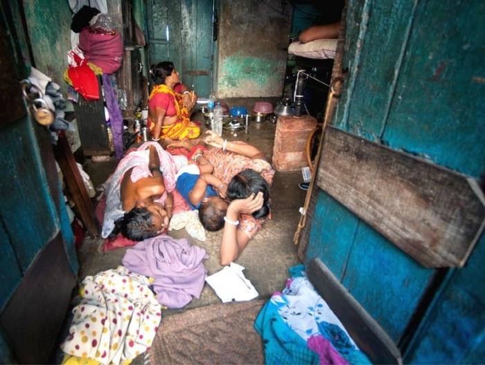 20% населения развивающихся государств живет на $1,25 в день, еще 40% - на $2 в день