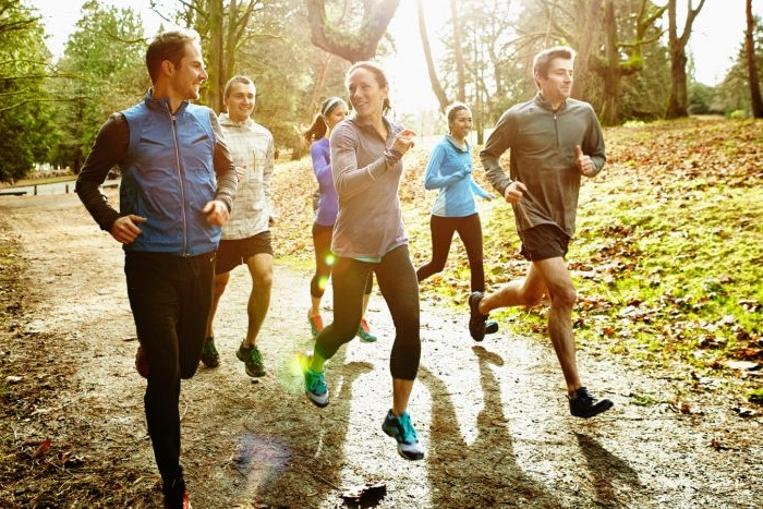 Как правильно бегать по улице для здоровья: инструкция для начинающих fdlx фото