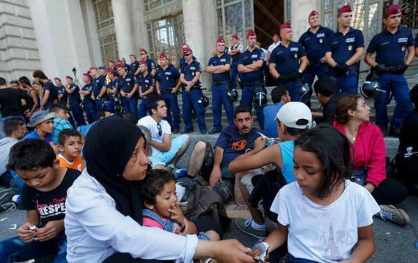 Миграционный кризис в Европе: ЕК предлагает Африке партнерство