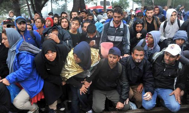 Евросоюз не состоянии принять миллионы беженцев, - Жан-Клод Юнкер