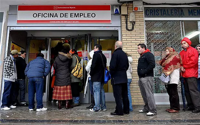 Безработица в Европе снизилась ниже 10%