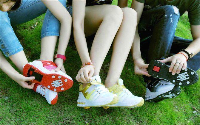 Бизнес идея: продажа детских кроссовок