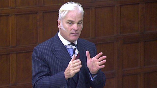 Британия: депутат уснул во время доклада о Brexit
