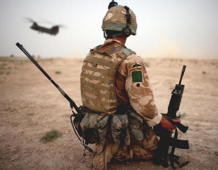 Британская армия оправдывает солдат, принимающих наркотики