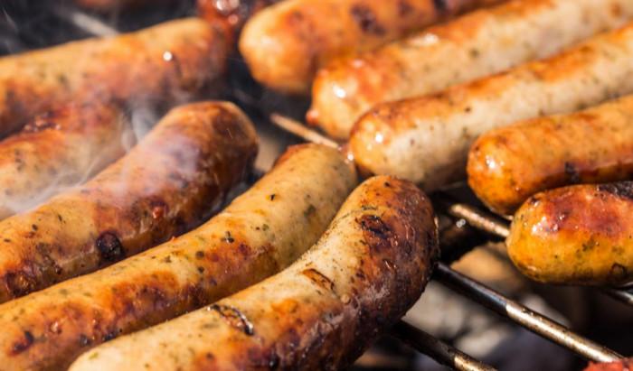 Британский супермаркет продавал колбасу и ветчину зараженную гепатитом