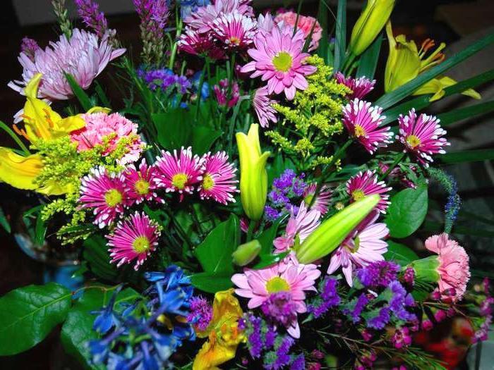 Бизнес-идея: круглосуточная доставка цветов и букетов