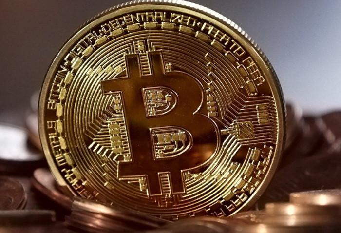 Цена Bitcoin превысила 8 197 долларов