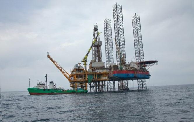Чей газ: Россия незаконно выкачивает голубое топливо на шельфе Черного моря