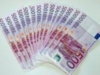 Чем хороши банковские вклады в евро для граждан России