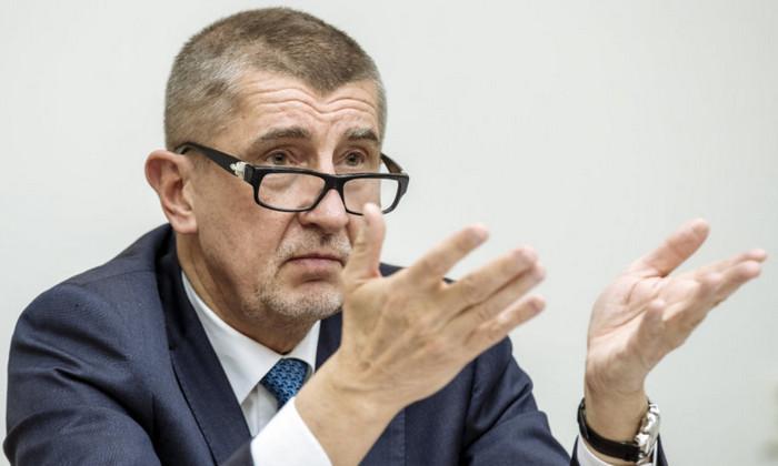Чехия проголосовала за правую партию миллиардера Андрея Бабиша