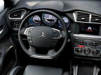 В России приостанавливается выпуск Peugeot, Citroen и Mitsubishi, увольняют сотрудников