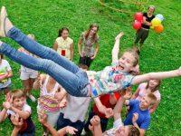 Новое сравнение цены на путевки в детские летние лагеря отдыха в Харькове и Харьковской области (дешевые / недорогие путевки для детей)