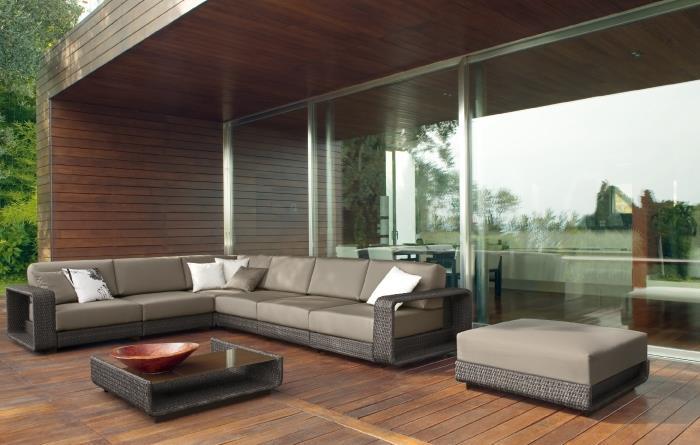 Бизнес идея: продажа мебели для дачи