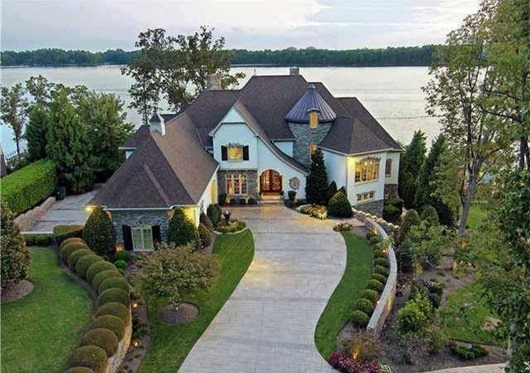 Строительство загородного частного дома. Выбор проекта и материалов