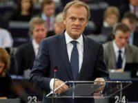 """Дональд Туск: политика правительства Польши похожа на """"планы Кремля"""""""
