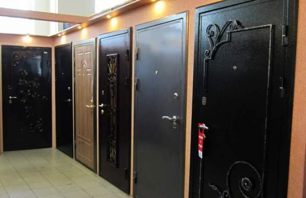 Установка или замена входной двери