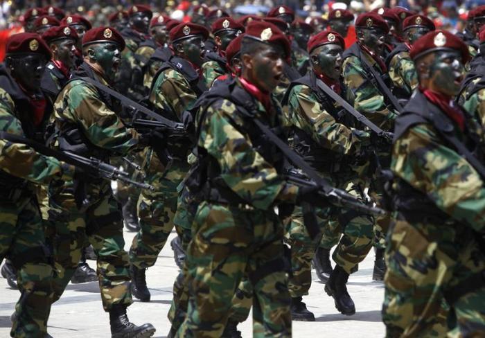 Экономический кризис в Венесуэле: армия возьмет под контроль порты страны