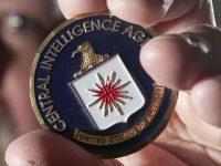 Экс-сотрудника ЦРУ обвиняют в раскрытии 20 осведомителей американской разведки