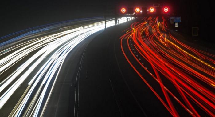 ЕС планирует ввести автоматические системы торможения для автомобилей