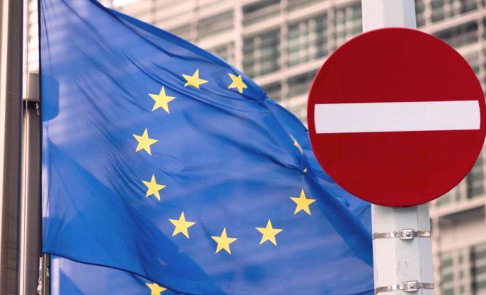 Из-за введенных санкций против России ЕС и США потеряли 60 млрд долларов