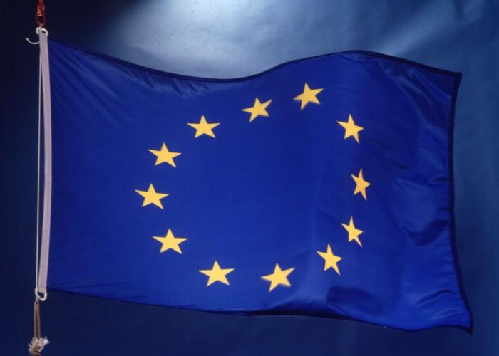 Еврокомиссия спешит на помощь Шенгену, чтобы избежать миллиардных потерь
