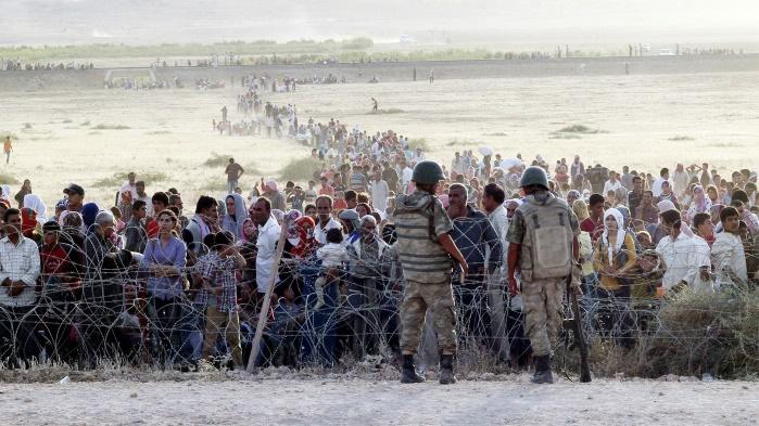 Евросоюз выделяет для беженцев в Турции 700 млн евро
