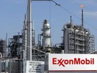 Нефтегазовая компания США ExxonMobil замораживает проекты с Роснефтью