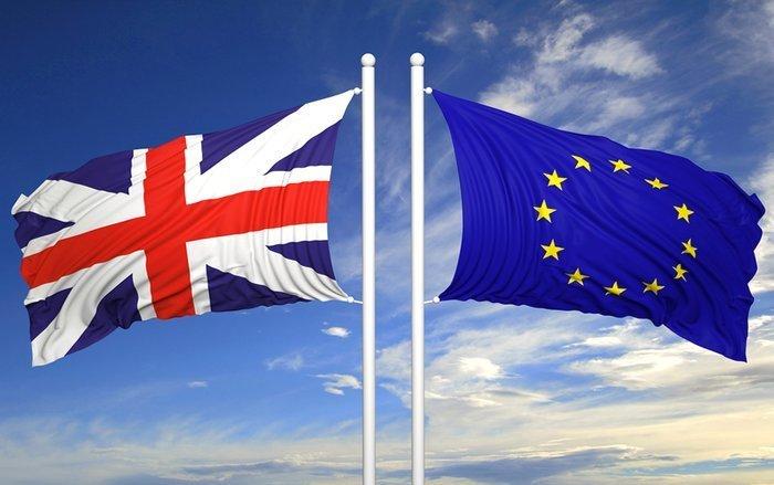 EY Item Club: Brexit нанесет ощутимый ущерб британской экономике