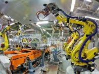 На фабрике в Китае уволили 90% сотрудников и заменили их роботами