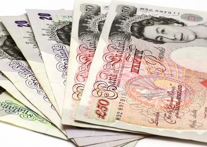 На фоне приближающегося Brexit фунт стерлингов обновил тридцатилетний минимум