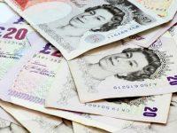 Ниже 1,35 доллара за фунт: на фоне Brexit британская валюта обвалилась до 30-летнего минимума