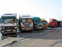 С 1 февраля прекращены грузоперевозки между Польшей и Россией