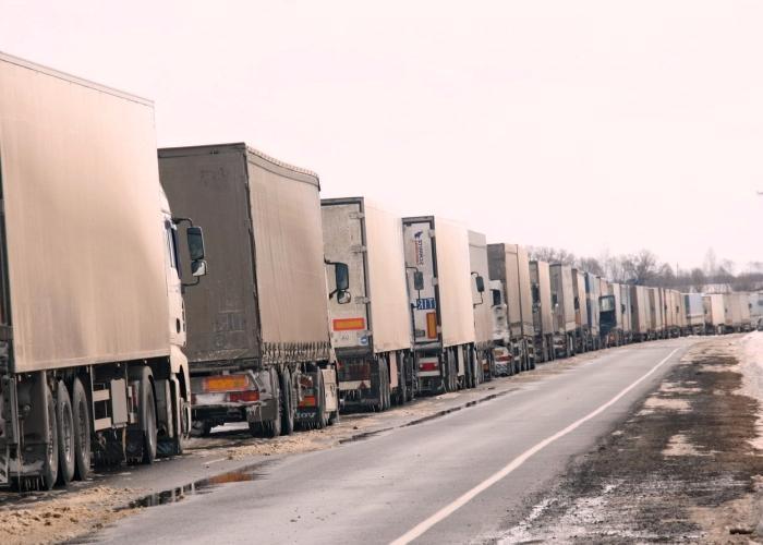 Россия готова заблокировать все украинские транспортные средства