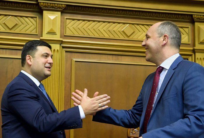 Внешний долг Украины растет: каждый украинец должен 2000 долларов