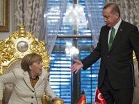 """Германия перевела в """"режим ожидания"""" поставку оружия Турции"""