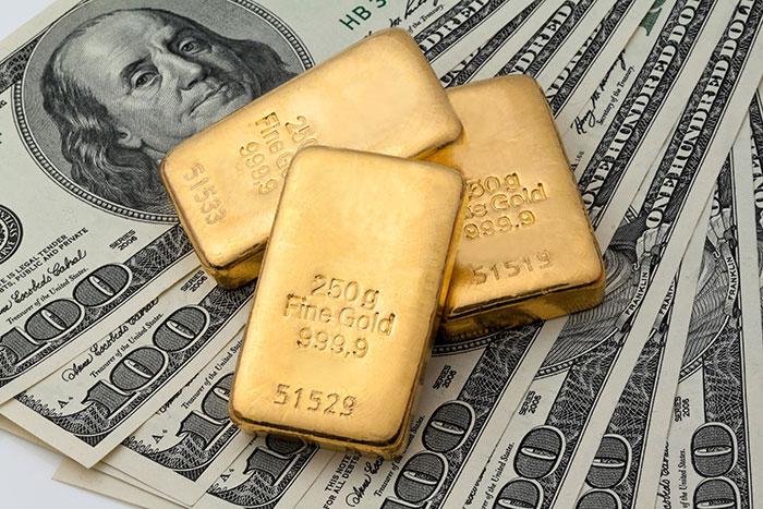 В июле международные резервы Китая сократились на 42,5 миллиарда долларов