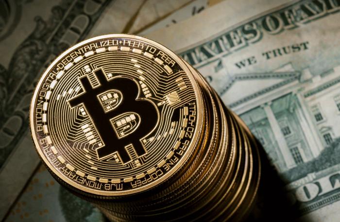 Goldman Sachs утверждает, что биткоин потеряет половину стоимости