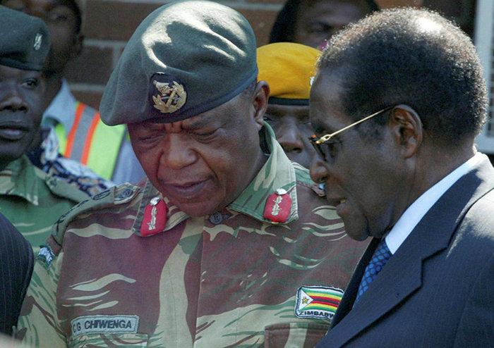 Государственный переворот в Зимбабве: 93-летний президент Роберт Мугабе готов уйти