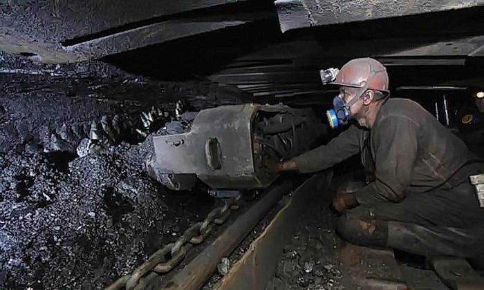Государство отказалось от покупки угля у ДТЭК Ахметова