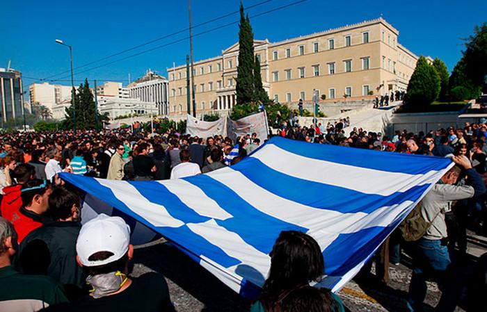 Греция: рабочие объявили страйк против трудовой реформы и жесткой экономии