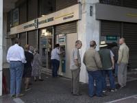 В Греции банки не спешат открывать